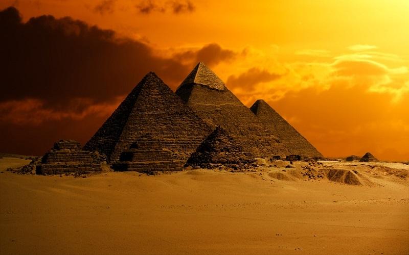 Piramida iznutra vrši fokusiranje neke energije