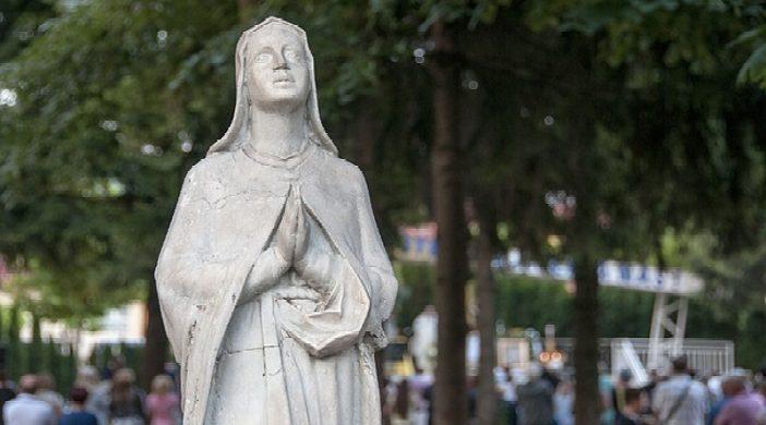 Poruke Djevice Marije u svijetu i što nam one donose