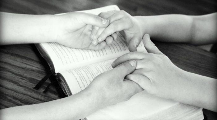 ZNANSTVENA ISTRAŽIVANJA SU DALA ŠOKANTNE ODGOVORE NA PITANJE: POMAŽE LI MOLITVA KOD BOLESTI?